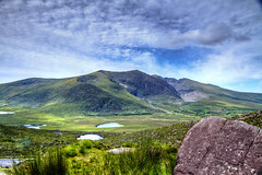An Chonair (gruiiik) Tags: ireland sky clouds hill dingle kerry ciel nuages hdr hdri irlande