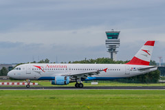 Austrian Airlines / A320 / OE-LBK / EBBR 25L (_Wouter Cooremans) Tags: plane airplane airbus airlines spotting austrian bru a319 ebbr brusselsairport tyrolian oelbk