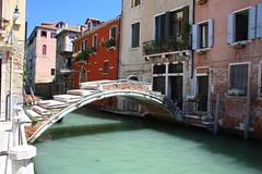 Unprotected Bridge (Domiriel) Tags: bridge venice italy italia canals channels venetto eos7d canoneos7d canon7d