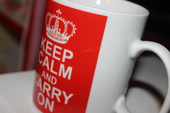 Keep Calm... (SPshirohime) Tags: red cup coffee canon eos tea calm keep carry