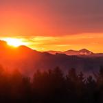 Sonnenaufgang in den Bergen / sunrise in the mountains thumbnail