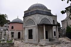 Şehzade Camisi Türbeleri (Efkan Sinan) Tags: türkiye istanbul mosque turquie türkei cami tr turchia mimarsinan şehzademehmet