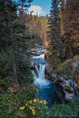 Johnston Canyon (robertopastor) Tags: amrica canada canadianrockiesmountain canad fuji montaasrocosas robertopastor viaje xt2 xf1655mm