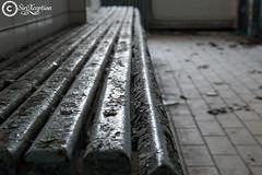 Left (sirixception) Tags: urbex belgi belgium bank bench hout wood empty leeg lijnen lines