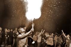 Correfoc 072 (Pau Pumarola) Tags: correfoc foc fuego feu fire feuer guspira chispa étincelle spark funke festa fiesta fête fest diable diablo devil teufel catalunya cataluña catalogne catalonia katalonien girona diablesdelonyar
