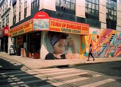 ... (░▒▓█ Piero Donadeo █▓▒░) Tags: analog yashicat4 35mmfilm 35mm brooklyn graffiti street newyorkcity adox adoxcolorimplosion