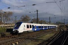 Talent 2 National Express 368 (9480 9 442 368-8 D-NXG) + 654 (9480 9 442 654-1 D-NXG) bij binnenkomst in station Köln Messe / Deutz 18-11-2016 (marcelwijers) Tags: talent 2 national express 368 9480 9 442 3688 dnxg 654 6541 bij binnenkomst station köln messe deutz 18112016 bahnhof railway bombardier transportation br baureihe trein train triebzug öpnv keulen