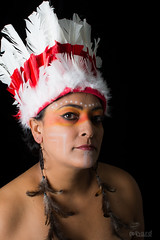 Os Caingangues tem uma população de 34 mil índios, estão localizados na região Sudeste e Sul do País!   #hardphotography #mulheresdepindorama #portrait #portraitfestival #makeup #indian #native #brazilianindian #culture #brazilianculture #authorial #photo (Hard Photo) Tags: mulheresdepindorama native studio culture southamerica america macuxi brazilianculture potiguara pataxo terena guajajara ticuna photography portraitfestival earthportrait authorial indian photo caingangue brazilianindian makeup ianomami tribe guarani portrait xavante hardphotographypindorama
