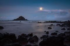 Moonrise over the Ocean (blackhawk32) Tags: hana hawaii kohibeachpark landscape moon ocean westmaui beach moonrise