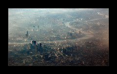 Above The City (richieb56) Tags: london greatbritain england aerial luftaufnahme stadt city buildings architecture urban architektur landscape landschaft clouds fog mist nebel dunst endzeit capital wow dramatic dramatisch moment light