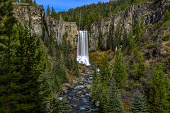 Tumalo Falls (Cole Chase Photography) Tags: pacificnorthwest beschuhtesnationalforest threesisterswildernessarea bendoregon bend oregon canon eos5dmarkiii