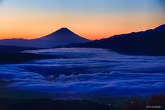 Delivery of the day (koshichiba) Tags: japan takabocchi nagano long exposure lee filter nd fujisan mtfuji fujiyama dawn nature bule sea fog