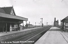 "Crowle Railway Station • <a style=""font-size:0.8em;"" href=""http://www.flickr.com/photos/124804883@N07/14224907434/"" target=""_blank"">View on Flickr</a>"