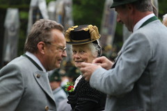 Maria Eck (CA_Rotwang) Tags: germany bayern deutschland bavaria maria oberbayern weapon pilgrimage schtze eck waffe wallfahrt tracht chiemgau siegsdorf