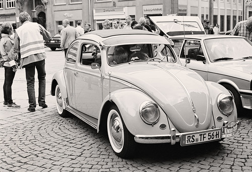 Wuppertal-Barmen: Early 1950s Volkswagen beetle