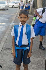 SL160 Colombo 10 - Sri Lanka (VesperTokyo) Tags: street boy srilanka ceylon blackhair colombo schooluniform schoolboy darkeyes 小学生 男の子 スリランカ コロンボ セイロン