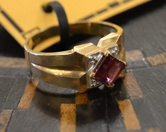 """Red Stone Gold Ring • <a style=""""font-size:0.8em;"""" href=""""http://www.flickr.com/photos/51721355@N02/14734910704/"""" target=""""_blank"""">View on Flickr</a>"""