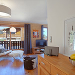 Bose SoundDock and Lounge at Apartment Pleney - More Mountain Self-catered Apartments in Morzine