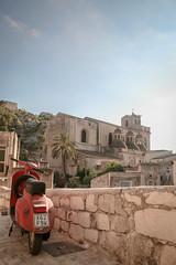 18082014-IMG_0477 (Michiluzzu) Tags: santa nova la vespa maria di sicily cava sicilia scicli