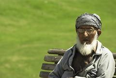 Elderly person (Azarbhaijaan) Tags: old pakistan zoom great elderly retired shaikh islamabad experienced pakistaniphotographer pentaxk10d azharmunir