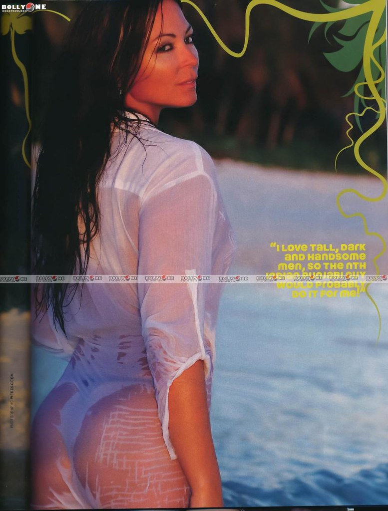 Sexy ass of bollywood actress
