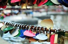 Love and Locks (sLorenzi) Tags: friends brazil fountain heart lock lovers wish rs superstition gramado 30mm nx300