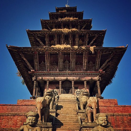 #nepal #baktapurdurbarsquare #temple #viewpoint #tallest #pic #pics #picture #photographer #pictures #snapshot #snapshots #travel #wander #travelphotography #Nyatapola #pagoda