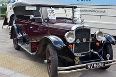2016-10-02: Remove Roof On Sun (psyxjaw) Tags: london londonist vintage festival classic car boot sale classiccar kingscross shopping lewiscubitsquare vehicle drive