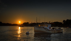 sunset on the Piscataqua... (jamesmerecki) Tags: sunset sundown sunsetting piscataquariver nh me portsmouth kittery maine newhampshire colors river boat lobsterboat docked