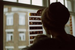 Test roll & camera test. (35mm) (samuel.musungayi) Tags: 35mm 24x36 film analog argentique pellicule photographie photography samuel musungayi samuelusungayi femme famille woman baby life home olympus om1 om kodak gold fujichrome provia 100 200 50mm negative scan positive dia natural light lumière naturelle