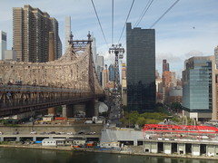 201609115 New York City Upper East Side and Roosevelt Island Tramway (taigatrommelchen) Tags: 20160938 usa ny newyork newyorkcity nyc manhattan uppereastside river eastriver clouds icon urban city building skyline ropeway onboard street