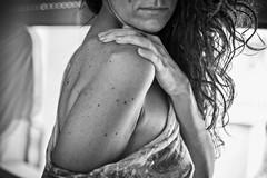 Cuore Nero (elparison) Tags: portrait ritratti sexy nude tits breast schiena nuda black bw