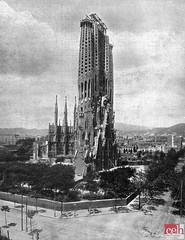 Maig 1917 Sagrada Familia Barcelona Centre Estudis l'Hospitalet (Centre d'Estudis de l'Hospitalet) Tags: sagradafamília 1917 barcelona