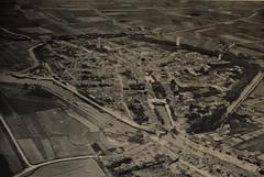 1937 Zierikzee (Steenvoorde Leen - 2.3 ml views) Tags: 1937 zeeland zierikzee architectura weekblad architectuur schetsexcursie stlievens monster toren luchtopname klm