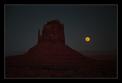 Mitten And Moon (Seeing Things My Way...) Tags: monumentvalley arizona utah usa monument rock stone sunset desert evening sundown dusk mitten moonrise