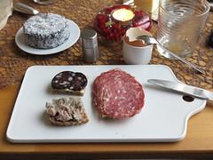 Blutwurst, Leberwurst und Salami auf Dinkelbrot (multipel_bleiben) Tags: essen frhstck typischdeutsch