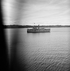 RMS Segwun (.grux.) Tags: ilfordsporti film mediumformat ilfordxp2 120 6x6 zonefocus ship water lakemuskoka gravenhurst testroll