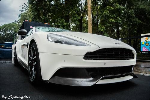 Aston Martin Carbon White