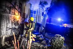 lmh-rundtjernveien135 (oslobrannogredning) Tags: bygningsbrann brann brannvesenet brannmannskaper slokkeinnsats brannslokking brannslukking røykdykker røykdykkere røykdykking