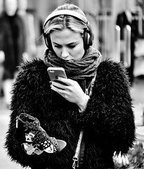 Shoe Shot ! (jaykay72) Tags: london uk street candid streetphotography londonist kingsroad stphotographia blackandwhite bw