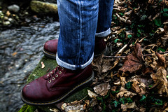 Boots & jean (Nymerod) Tags: boot jeans nature lake river colors skins outdoor water fashion vivid green shoes shoe
