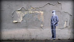 tweed (YOUGUIE) Tags: paris streetart collages pasteup wheatpaste leopipo leoetpipo