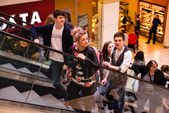 Westfield-4580--0215.jpg (University of Derby) Tags: city shopping escalator shoppingcentre leisure derby shoppers universityofderby into