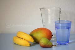 still life with mango (photos4dreams) Tags: water glass fruit glasses banana mango pear banane glas birne frchte glser photos4dreams photos4dreamz p4d drinksinaglass
