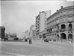 Macquarie Street, Sydney (State Library of New South Wales collection) Tags: streetscapes macquariestreet statelibraryofnewsouthwales