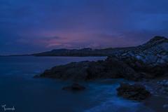 Usgo (Turennia) Tags: sunset sea summer costa naturaleza nature clouds d50 landscape atardecer nikon playa paisaje nubes verano cantabria photooftheday cantbrico pickoftheday miengo horaazul