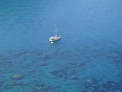 ISOLA DI PONZA - (Latina) (cannuccia) Tags: paesaggi landscape mare barche ponza lazio azzurro 1001nights 1001nightsmagiccity 100commentgroup minimalismo acqua