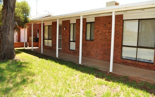 17 Turnell St, Griffith NSW 2680