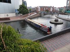 Old Canal Turn Birmingham (metrogogo) Tags: england birmingham canals narrowboat towpath birminghamuk waterways
