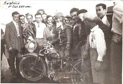 14--beatrice-vincitore-cat.-250--circuito-di-crema---1934